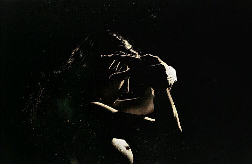 Requiem II Emotional Photography EyeEm Best Shots - People + Portrait Portraiture PortraitPhotography Retrato Emotional EyeEm Best Shots Nude-Art Introspection Portrait Of A Woman Woman Portrait Fine Art Creativity ArtWork Oniric Poesíavisual Artphotography Womanportrait Hands Dreams