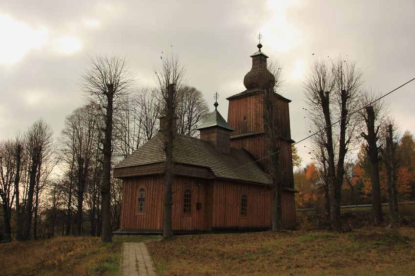 Architecture Built Structure Carpatians Cat Eastern Slovakia History Holiday♡ Memory Of Travel 2014 Old Outdoors Picture Religion Slovakia Spirituality Vysny Komarnik Wooden Wooden Church