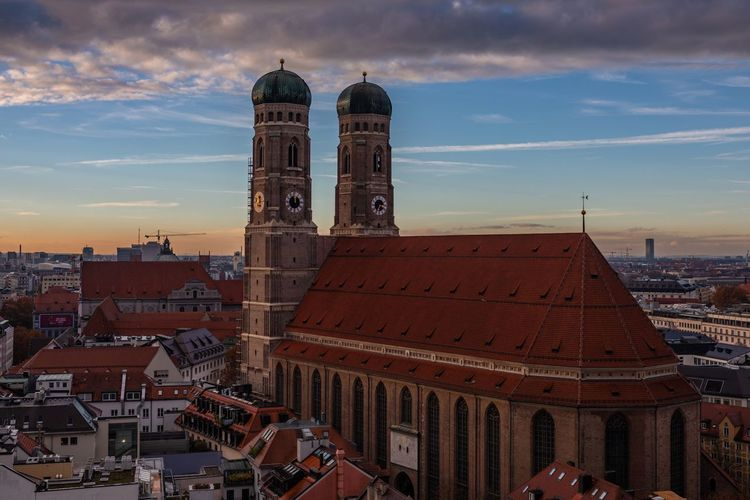 Frauenkirche, Munich Two Towers Cityscape Sky And Clouds EyeEmNewHere München Munich Frauenkirche Architecture Building Exterior Built Structure Building City Religion Sky Cityscape Tower Cloud - Sky Travel
