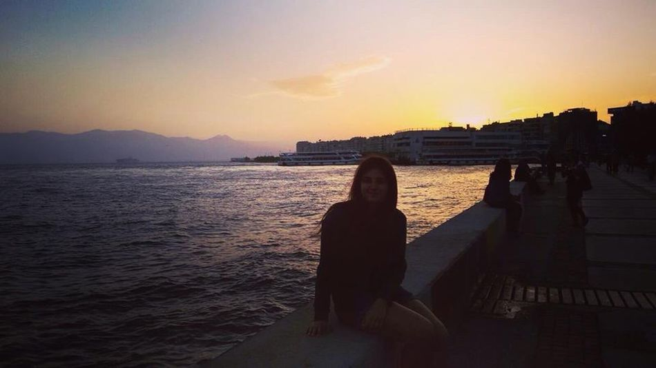 Izmir Water Sunset Person Sea Silhouette Leisure Activity Sky Sun Sun Goes Down Tranquil Scene Scenics Tranquility In Front Of City Life Nature Outdoors Tourism Mountain Waterfront Beauty In Nature