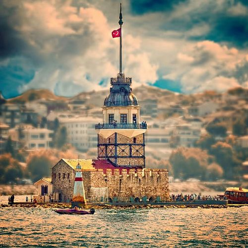 Kizkulesi Kizkulesi Maidens Tower  Istanbul Istanbuldayasam Istanbul Turkey Sun#sea#clouds#sunset#sky#ship#mosque#kizkulesi Clouds And Sky