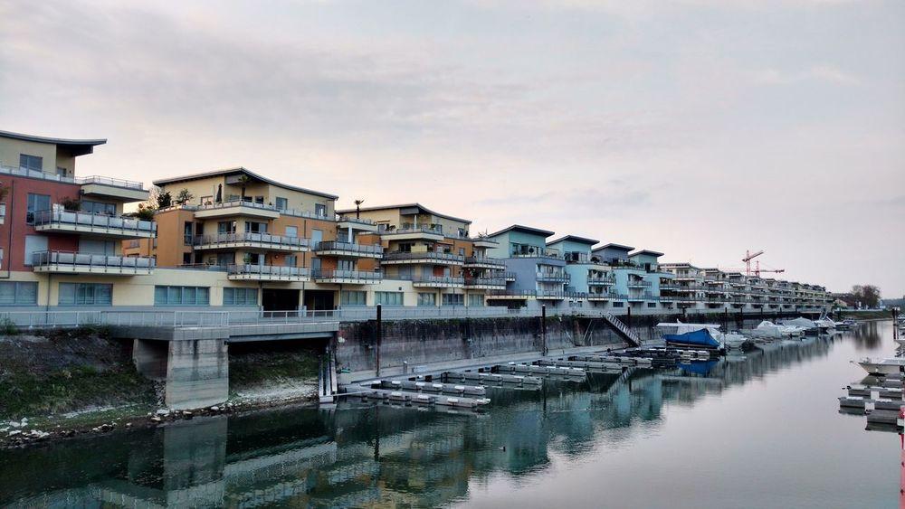 Wohnen direkt am Wasser Waterfront Architecture Postcard Picture Waterfront Ausblick Auf Fluss Architecture