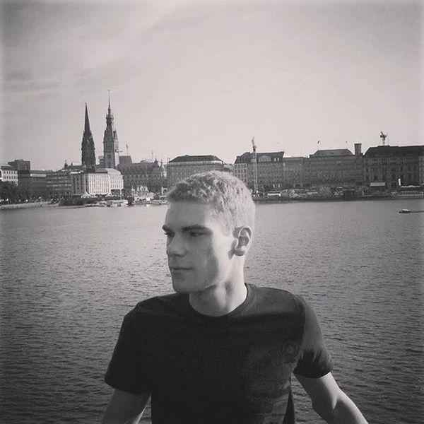 On my birthday five years ago.😊 TBT  Hamburg Alster City Bw Willow Me Mittelmatze