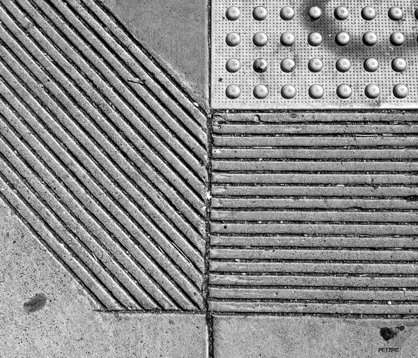 NEM Black&white Supernormal Simplicity Minimalism