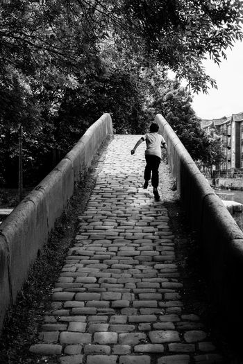 Running Ashton Under Lyne Blackandwhite Boy Built Structure Day Lifestyles Outdoors Portland Basin Retaining Wall Tameside Young Adult