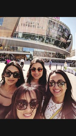 Young Women Portrait City Eyeglasses  Smiling Photography Themes Men Women Friendship Looking At Camera