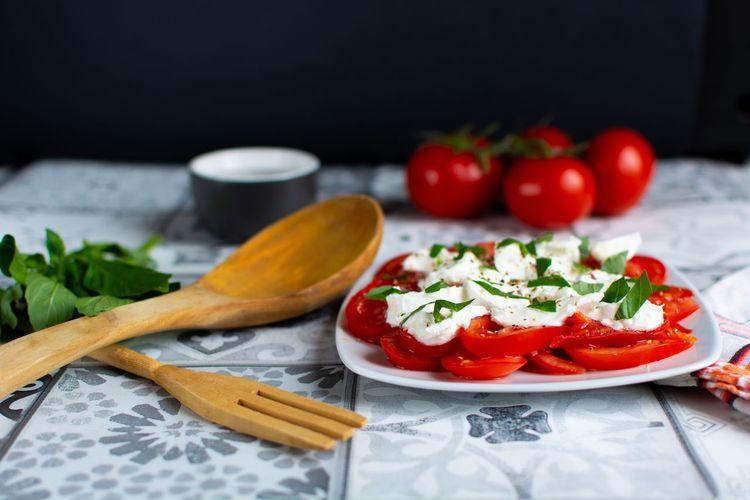 Food Foodporn Foodphotography Foodphotography Vegetarian Food Basil Gourmet Herb Italian Food Red Appetizer Tomato