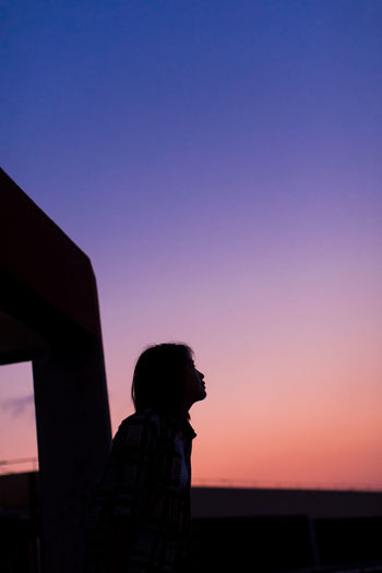 One Person Silhouette Adults Only One Woman Only Only Women Adult Sunset People Standing Clear Sky Outdoors Sky Young Adult One Young Woman Only Women Astronomy Nature Nature Nature Day Beauty In Nature