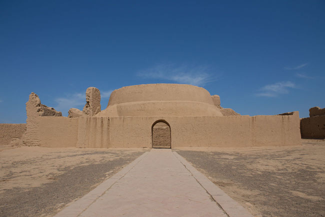 he Ruins of Jiaohe is located near Turpan City,Xinjiang,China It is a well-known ancient city with a history more than 2,000 years along the Silk Road Jiaohe Silk Road Travel Xinjiang Turpan Turpan City XinJiang Ancient Ancient City Ancient Civilization Ancient Ruins Architecture Built Structure China Desert History Outdoors Pyramid Ruin Silk Road Adventure The Past Tourism Travel Travel Destinations Travel In China