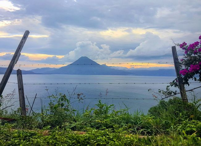 Guatemala Naturaleza Lago Atitlán Atardecer Panajachel  PanajachelGuatemala Lake