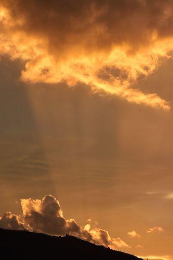 Sunset Nature Mountain Cloud - Sky Outdoors Sky Tranquility Europe Canarias SPAIN La Orotava Sunset Lovers Scenics Canarias Islands Españoles Y Sus Fotos Europe_gallery Canary ıslands Tenerife Island Tenerife España Travel Destinations Landscape Macaronesia Power Sea Beauty In Nature Storm Cloud