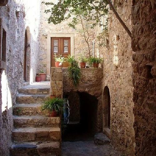 Monemvasia Pelloponise Kastle_city