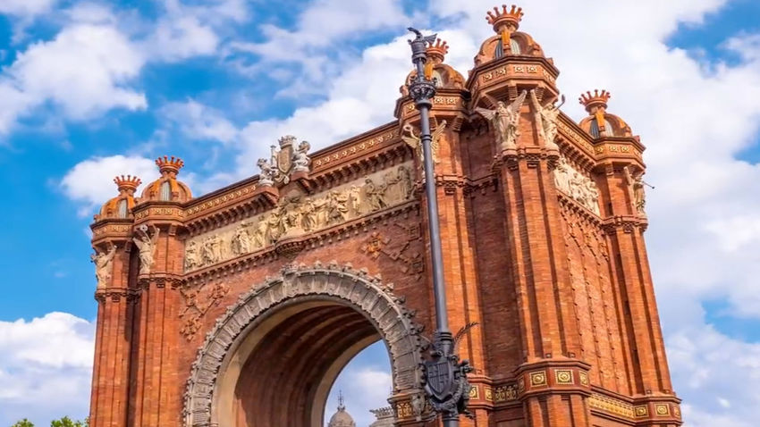 Barcelona city civilization Civilization Meets Nature City Life Barcelona Streetphotography Travel Destinations Tourism Destination Spanish Style Old Buildings Ancient Civilization Medieval City Medieval Architecture King - Royal Person Europe Trip Entertainment Event Antiquities In Thailand Madrid