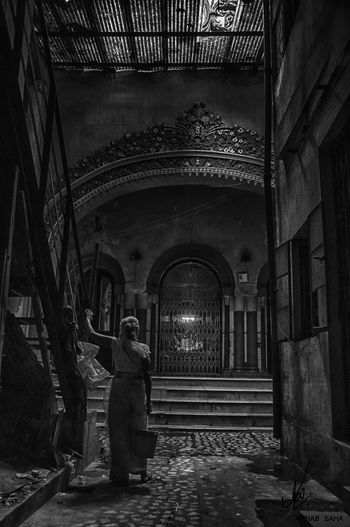 Old Temple Humanlife Kolkata Kolkatadairies Northkolkata Oldlady Vintage Blackandwhite Architecture Built Structure Steps Hand Rail First Eyeem Photo