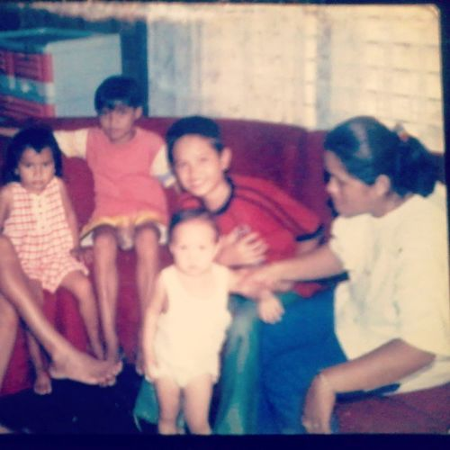 I Just Remember The Olddays when i saw this picture of mine together with @juzzlaidz (the boy on my right) and together also with Vhia sister of Laido and my mother on my right side with baby brother Rusty before ... MyBirthday BirthdayParty Celebration GoodMemories Friends Family Kababata