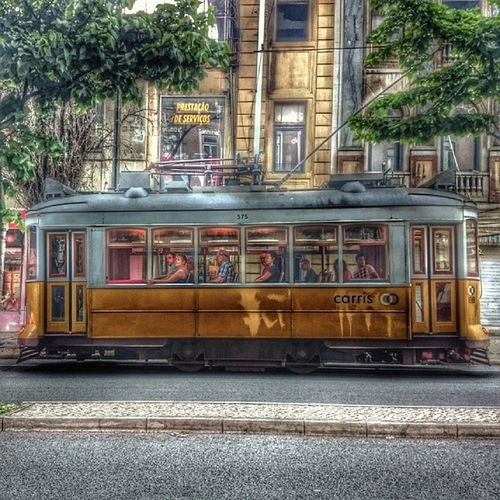 Tranv ía N28 Bairrodagra ça Lisboa Portugal