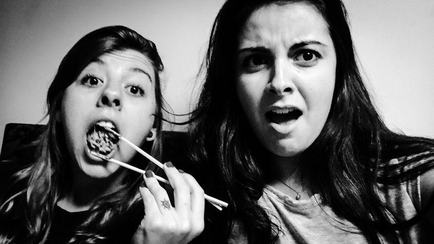 Quando se fala de comida, a criatividade vai além da vida. ❤️ Sushi Hashi Friends Love Eating Pig Carasebocas