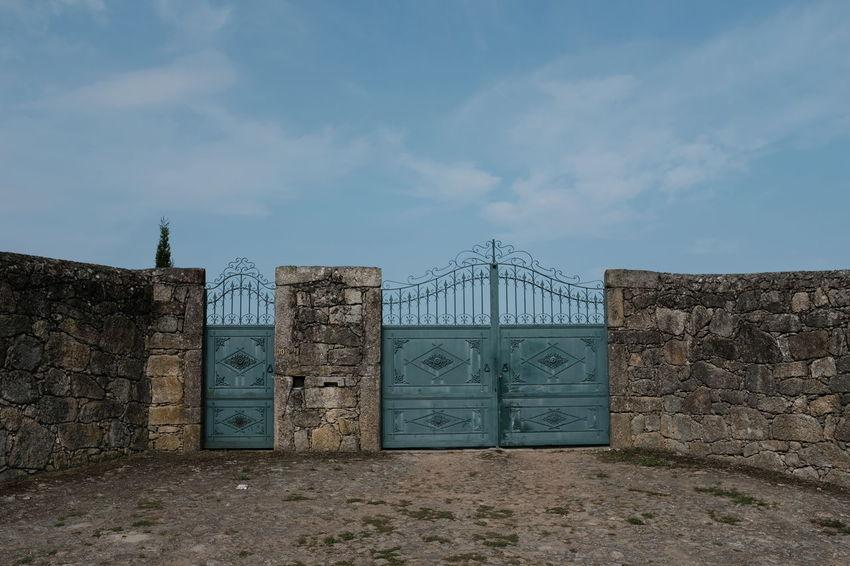 HEAVENS GATE Threeweeksgalicia Gate Sky The Traveler - 2018 EyeEm Awards The Architect - 2018 EyeEm Awards Portugal Prison Prisoner Ghetto Closed Door Closed Door Entryway Entry