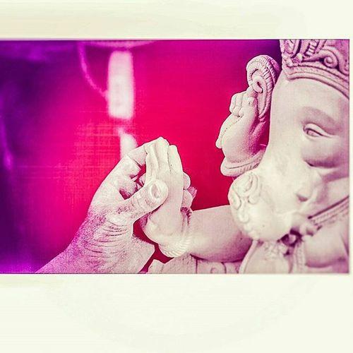 These hands make kings ...🙏🙏🙏😇😇😇😇😘😘😘😘Ganpati Ganapatibappamorya Modak Ladoo Comingsoon Aartiday 😘😘😘😘😘