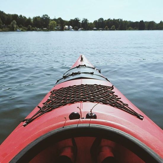We went kayaking this weekend in lychen. First time in a one-seated kayak. So much fun while enjoying the sun and some delicious cherries! Kayaking Explore Lake Weekendtrip Summer Cherry Fromwhereisit Instamood Traveletting Justgoshoot
