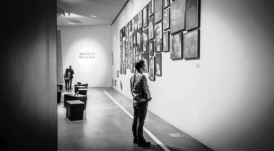 Remember. Blackandwhite Museum Thenonphotographer People Watching Cheese! Enjoying Life Doyoutravel Neverstopexploring  Berlin
