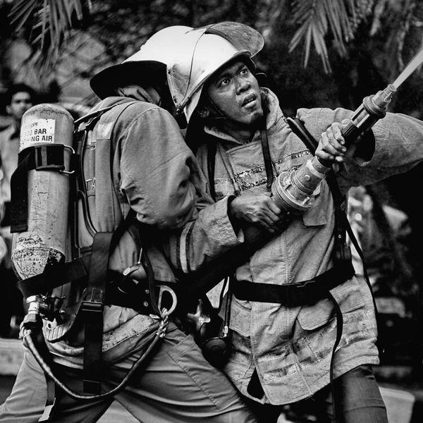 fighting.. Blackandwhite Dark Monochrome Streetphoto_bw Firefighter