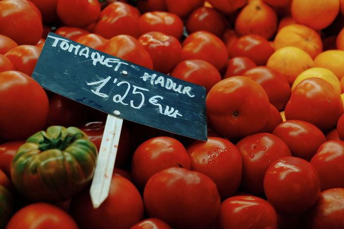 Tomàquets madurs   ripe Tomatoes Food Market
