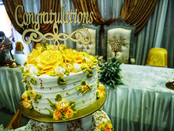 Yellow Special Seat Chair Table Decoration Arrangements Function Elegant Marriage  Reception Flower Religion Spirituality Flower Head Close-up Wedding Ceremony Wedding Newlywed Wedding Vows Wedding Cake Wedding Reception Bridesmaid Bridegroom Groom Bouquet Blooming Ceremony Bride Pollen