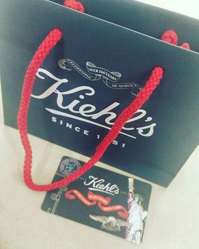 I'm happy girl 😊 Kiehl 's Kheil 's Lovethisbrand Healthyskincare