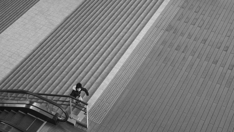 Reedit . EyeEm Best Shots - Black + WhiteBlackandwhite Black And White Monochrome Minimalism Urban Geometry FUJIFILM X-T1
