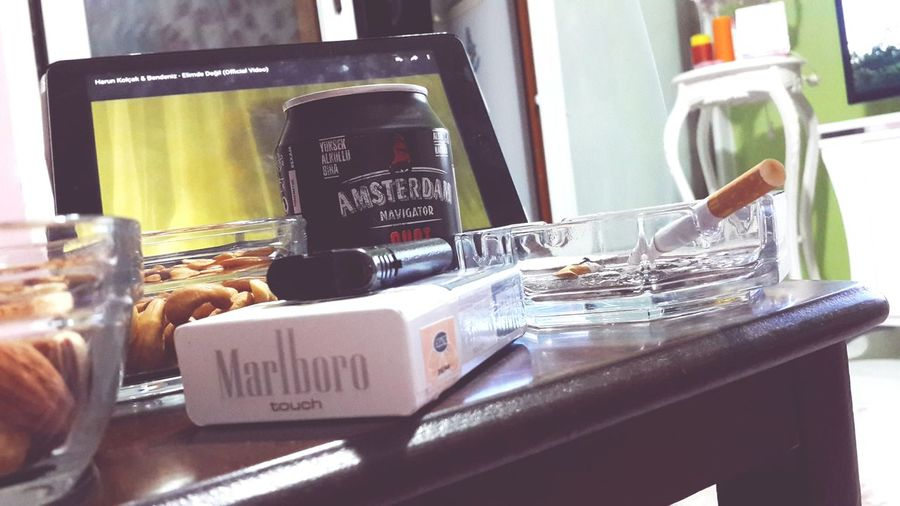 Amsterdam Shot Apple Singlegirl Marlborolight Alone Alone In My Room Alone Life