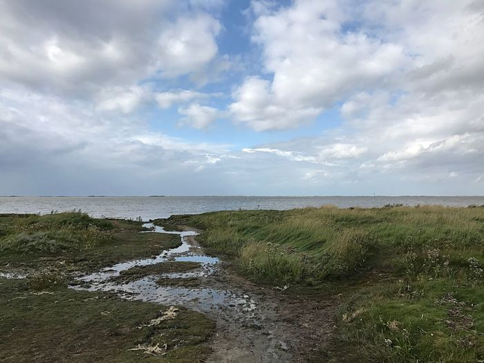 Das Wattenmeer Weltkulturerbe Ostfriesland Nordsee Tranquility Scenics Cloud - Sky Nature Tranquil Scene Beauty In Nature Sea Water Landscape Horizon Over Water No People Outdoors