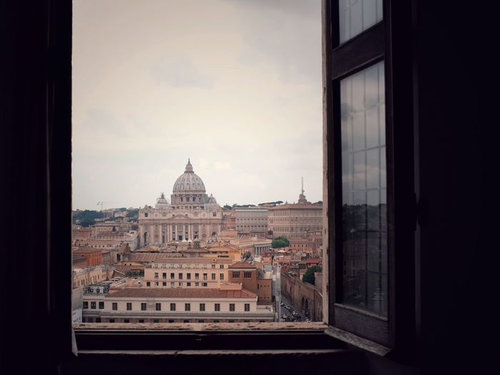 Room with a view VaticanCity Vatican Tourism Lifestyles EyeEm Best Shots St Peters Basilica Architecture Built Structure Building Exterior Window Sky City Dome History No People Travel Destinations