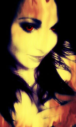 If I was your vampire <3 Taking Photos Being Creative Selfie Selfportrait Mobile Love Vampire 28 DAYS LATER