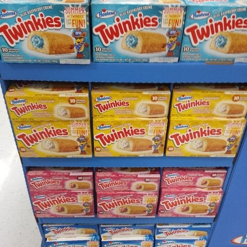 Gross out to the max Twinkies  just stick with the original only Strawberry Banana Blueraspberry Chocolate Tryitcurtis Iaintgondoit