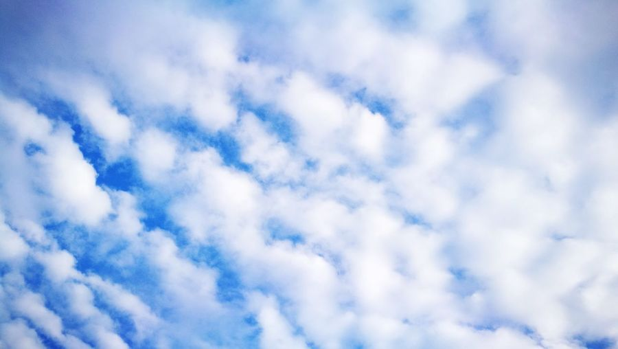 Cloud - Sky Blue Cloudscape Backgrounds Nature Sky Dramatic Sky Beauty In Nature Abstract Sky Only Heaven No People Day Pattern Textured  Scenics Full Frame Outdoors Flying Tranquility Chemor Muslimtraveler