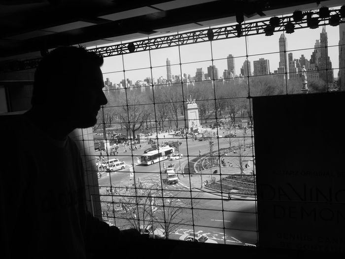 Battle Of The Cities People And Places City New York Project Building New York People Circle Blackandwhite Photography Fresh On Eyeem  New Thinking New Posibility Looking Through Window Indoors  Built Structure Side View Traffic