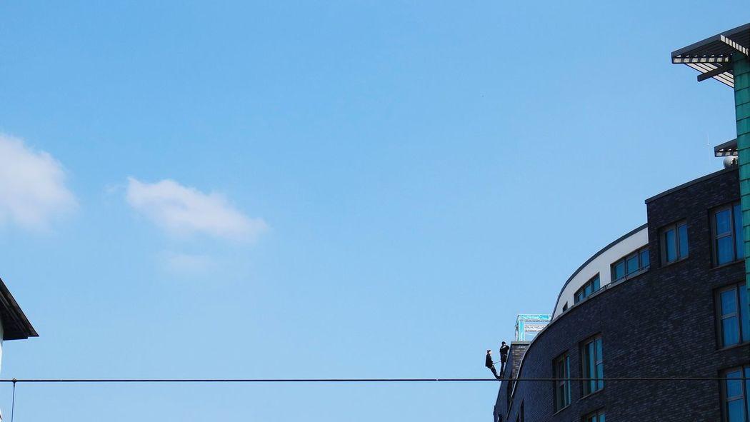 drahtseilakte.... EEA3-koeln The Moment - 2015 EyeEm Awards Looking Up Skyhigh Köln Großstadtgeschichten The Action Photographer - 2015 EyeEm Awards The Global EyeEm Adventure
