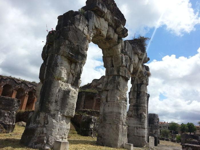 Anfiteatro Campano Di Vetere