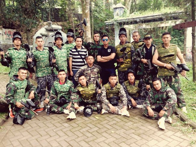 Paintball Games Cool INDONESIA Refreshing Pasuruan bermain paintball bersama rekan2 di pasuruan