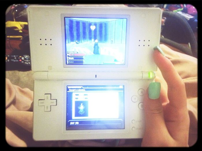 my life in one picture :) Chilling Love Nintendo Nails Video Games Gamer Asian  Mint Kingdom Hearts