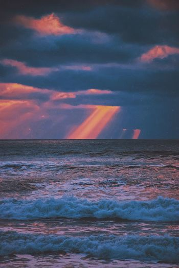sun rays through the clouds 🌅 Beauty In Nature Sky Water Sunset Scenics - Nature Cloud - Sky Multi Colored Sea Tranquil Scene Tranquility Dramatic Sky Nature No People Idyllic Land Beach Outdoors Orange Color Romantic Sky