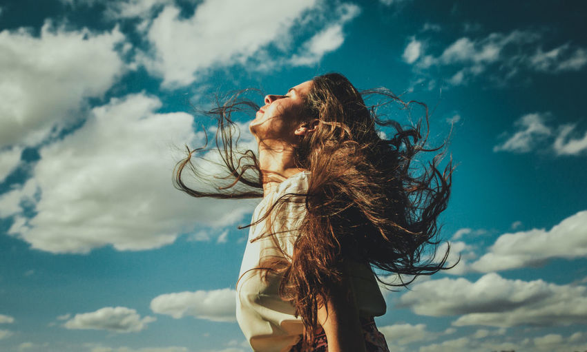 Argentine models One Person Hair Hairstyle Cloud - Sky Long Hair Tousled Hair Wind Sky Nature Brown Hair Hair Toss Young Adult Motion Human Hair Sunlight Environment Day Leisure Activity Women Outdoors Wind Energy Portraits Of EyeEm Fashion Fashion Model Fashion&love&beauty