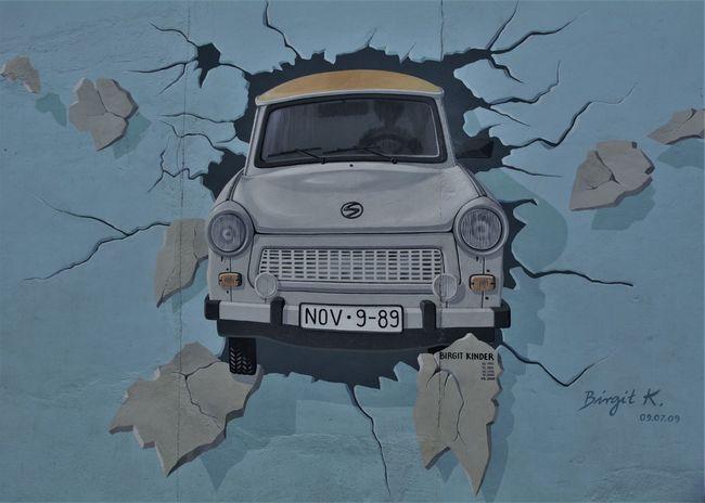 Break The Wall Bye Bye DDR Escaping Wall Win Winning Winter Art Auf Wiedersehen Never Stop Dreaming Nowadays World