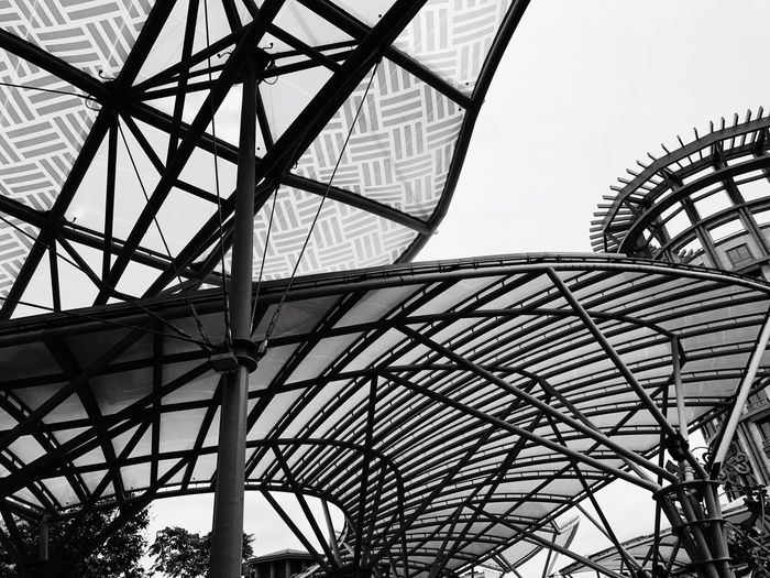 Canopy Singapore Monochrome Lines Urban Landscape Modern Eyeem Philippines Outdoors Blackandwhite Monochrome Photography Building Exterior Creative Light And Shadow