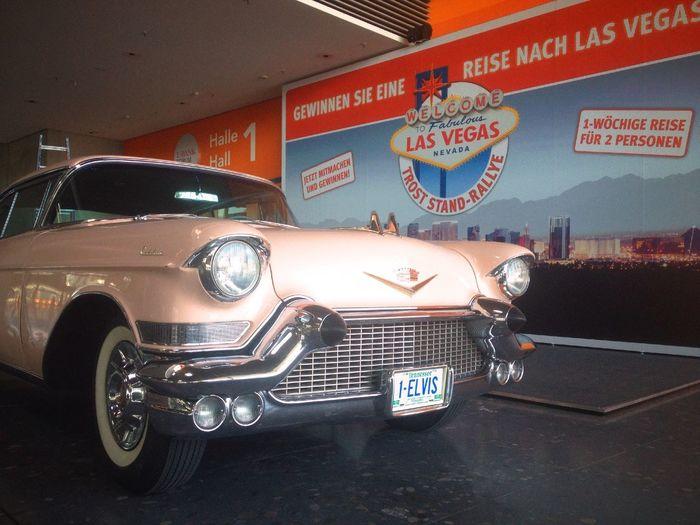 TrostSchau2015 ILoveMyJob Ilovecars Pink Cadillac Fleetwood Elvis Lasvegas