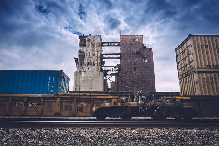 Blue Dramatic Dramatic Sky Grain Elevator Grain Elevators Sky Trains Trainyard