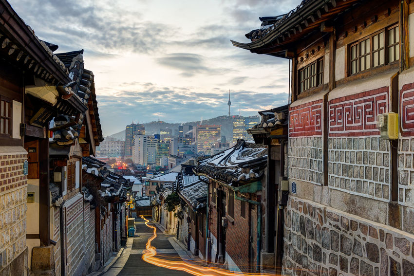 Morning sunrise in Bukchon Hanok Village in Seoul, South Korea Seoul Seoul Tower Seoul, Korea SeoulKorea Architecture Bukchon Bukchon Hanok Village Cloud - Sky Hanok Hanok Village 북촌한옥마을 서우봉해변 한옥 Fresh On Market 2018