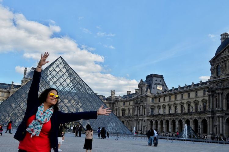 Building Exterior Architecture Sky Cloud - Sky City Travel Destinations Adults Only Outdoors People Built Structure Only Women Day Louvre Pyramid Real People Photography Remembering This Moment Eurotrip2016 Real People One Woman Only Adult Young Adult One Person