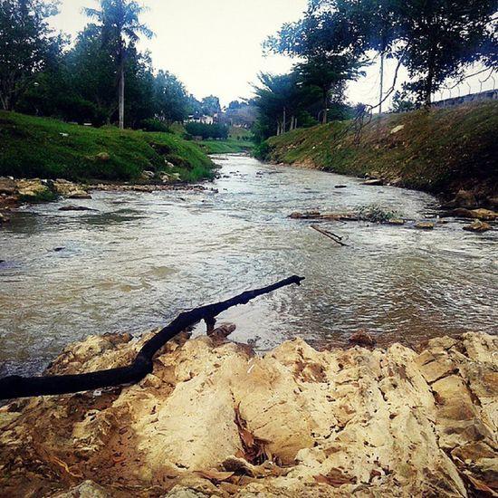 من الأيام ...... عدستي_عيني_الثالثة عدستي مناظر_طبيعيه مناظر ماليزيا هدوء نهر